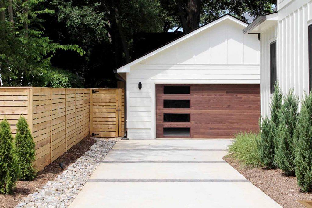 CHI 2348 Plank Door garage door